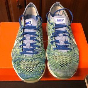 Nike flyknit zoom sneaker